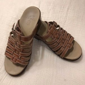 Dansko Tan Leather Sandals